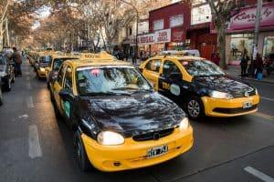 Ley de Movilidad: se reglamenta la administración de taxis